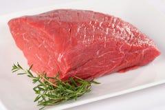 Okokt kött: rå ny nötköttgrisköttfilé Royaltyfri Fotografi