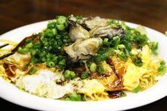 Okonomiyaki con las ostras Fotos de archivo