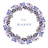 Okrąża ramę, wianek błękitne, fiołkowe i purpurowe wiązki jagody, Zdjęcia Royalty Free
