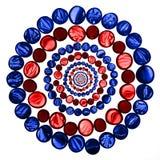 Okręgu wzór czerwoni i błękitni przejrzyści szkło marmury odizolowywa Fotografia Royalty Free