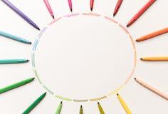 Okrąg z kolorowymi markierami robi gradientowi Zdjęcia Stock