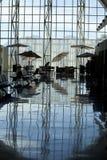 Okrzesana podłoga przy Loreto lotniska restauracją zdjęcie stock