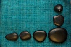 Okrzesane law skały na jedwabniczym tle Obraz Royalty Free