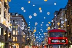 Oksfordzka ulica przy bożymi narodzeniami Zdjęcia Royalty Free