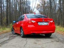 Oktober 16, 2016; Arzamas Ryssland; Avvikelse för BMW 3 serie E90 utanför staden Arkivbilder