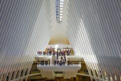 24 OKTOBER, 2016, Binnenlands van Oculus-de Bouw, hoofdzaal van nieuwe Oculus, de Hub van het World Trade Centervervoer, Lagere M Stock Foto