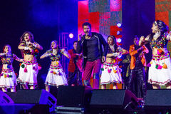 15 OKTOBER, 2016, EDISON, NJ - Prabhu Deva en de Indische Dansers presteren voor Donald Trump in Edison New Jersey Hindu Indian-A Stock Foto's