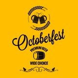 Oktober-Festbier-Designhintergrund Lizenzfreie Stockfotos