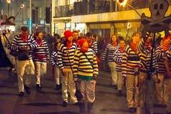 17 Oktober, 2015, Hastings, het UK, de Vuurmaatschappij in jaarlijkse toortsparade Stock Afbeelding