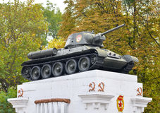 20. Oktober 2016 - Kamianets-Podilskyi, Ukraine: Behälter t-34 auf dem Sockel Soviet Becken vom zweiten Krieg Stockfotos