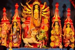 Oktober 2018, Kolkata, West-Bengalen, India Het idool van godindurga in een Pandal Durga Puja is het belangrijkste Hindoese festi royalty-vrije stock afbeeldingen
