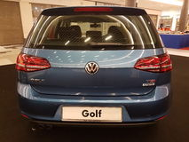 1. Oktober 2016 Kuala Lumpur Volkswagen-Autoanzeige am Einkaufskomplex des Gipfel-USJ, Malaysia Lizenzfreie Stockfotos