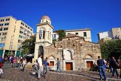 7. OKTOBER 2018 Leute ATHENS, GRIECHENLAND im Quadrat von Monastiraki lizenzfreies stockfoto