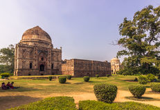 27 oktober, 2014: Moskee in de Lodi-Tuinen in New Delhi, India Stock Afbeelding