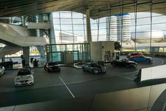 10 oktober 2017. Munchen, Germany. Minuch. BMW museum inside. Sh. Owroom with differernt cars Stock Photography