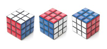 4. OKTOBER 2017 PRAG, TSCHECHISCHE REPUBLIK: Rubiks Würfel stockfotos