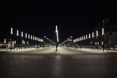 Oktober 2018 - Tirana, Albanien Den nybyggda nya boulevarden av Tirana royaltyfria foton