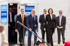 OKTOBER 13, 2016: Vicepresidentet Joe Biden delta i en kampanj för Nevada Democratic U S Senatkandidat Catherine Cortez Masto och Fotografering för Bildbyråer