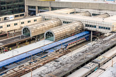 2 oktober, 2014: Washington, gelijkstroom, Treinen in Unie Statio worden getrokken die Stock Fotografie