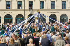 Oktoberfest kostium i strzelec parada Zdjęcie Stock