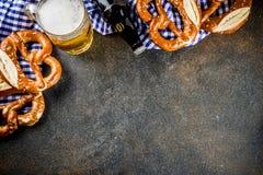 Oktoberfest-Lebensmittelkonzept stockfotos