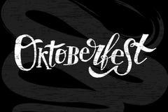 Oktoberfest literowania kaligrafii muśnięcia teksta majcheru Wakacyjny Wektorowy Chalkboard Zdjęcie Stock