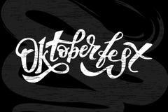 Oktoberfest literowania kaligrafii muśnięcia teksta Wakacyjny Wektorowy Chalkboard Zdjęcia Royalty Free