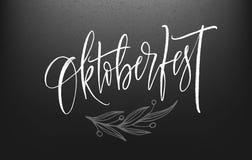 Oktoberfest op Duitse Van letters voorziende achtergrond De decoratiebanner van het bierfestival Vector illustratie Stock Foto
