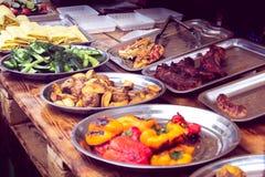 Oktoberfestvoedsel van vegetatie en vlees Stock Afbeelding
