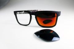 okulary przeciwsłoneczne łamanego Zdjęcie Royalty Free