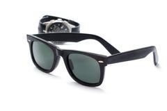 Okulary przeciwsłoneczni i zegarek obraz stock