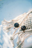 Okulary przeciwsłoneczni na szydełkowej torbie Zdjęcie Stock