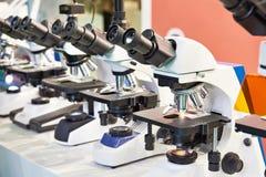 Okulistyczni mikroskopy w sklepie obrazy royalty free