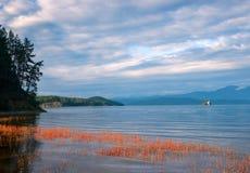 Okunevaya żerdzi zatoki Chivyrkuy zatoka jeziorny Baikal Zdjęcie Stock
