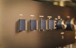 Olá! Fi Sistema de alta fidelidade do médio-alcance com leitor de cd e amplificador, Cambridge 651A e 351C audio fotografia de stock