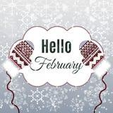Olá! rotulação de fevereiro no fundo do inverno com mitenes Fotografia de Stock Royalty Free