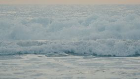 Ola oceánica azul hermosa adaptación la cámara lenta metrajes