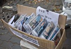 Olaglig film som säljer på gatan Arkivbild