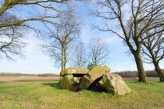 Olandese tipica Hunebed fotografie stock