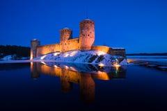 Olavinlinna堡垒看法在3月晚上 古老芬兰堡垒olavinlinna savonlinna日落 库存图片