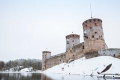 Olavinlinna är en århundradeslott för th 15, Finland Arkivfoton