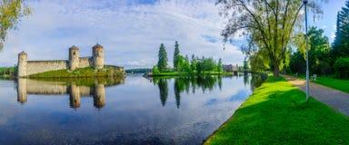 Olavinlinna slott, i Savonlinna Royaltyfri Bild