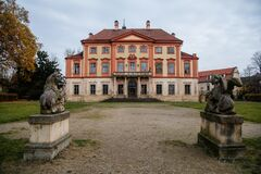 Free Old Abandoned Ruined Baroque Libechov Castle With Balcony In Sunny Day, Romantic Chateau Was Heavily Damaged After Affected By Royalty Free Stock Photography - 202170307