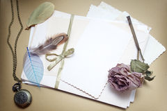 Old accessories and post cards Royalty Free Stock Photography