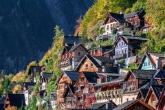 Free Old Alpine Houses Of Austrian Town Hallstatt With Wooden And Colorful Facades Royalty Free Stock Photography - 171564477
