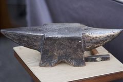 An old anvil and hammer Stock Images