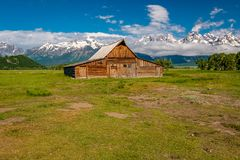 Old barn in Grand Teton Mountains Royalty Free Stock Images