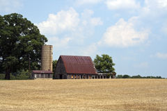 Old barn and silo Royalty Free Stock Photography