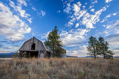 Free Old Barn Under A Blue Sky. Stock Photo - 78232760