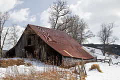Old Barn in Winter Snow Royalty Free Stock Images